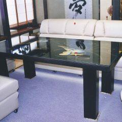 座卓に脚を足してダイニングテーブルに
